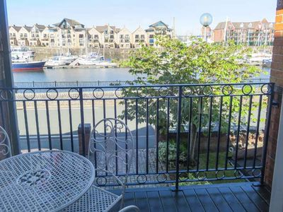 Photo for 6 NAVIGATION WHARF, family friendly in Liverpool, Ref 924304