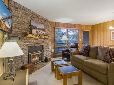Photo for Enjoy Bend from this first floor condo with a gas fireplace and access to Athletic Club of Bend.