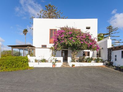 Photo for Idyllic Finca Tisalaya with Wi-Fi, Terrace & Panoramic View; Parking Available