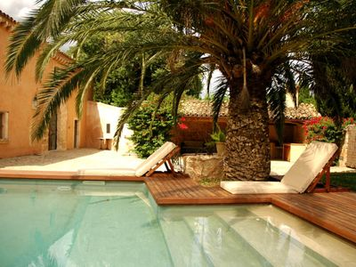 Photo for Beautiful and luxurious rustic house recently renovated on the outskirts of the Buger