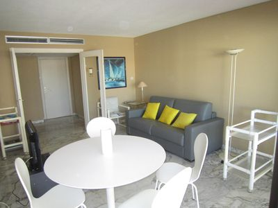 Photo for 2 rooms with sea view close to the Croisette