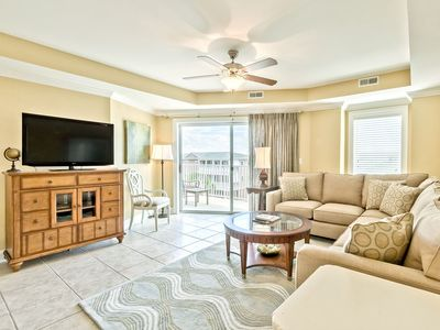 Photo for Beautifully Decorated Condo at Beachfront Resort, Balcony with Side Ocean View, Community Pools