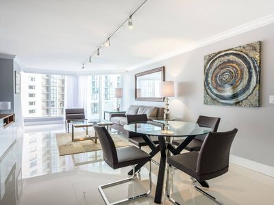 Downtown Miami  2545 | Premium 1BR Waterfront Condo | Free Valet Parking