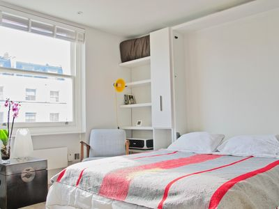 Photo for Notting Hill  apartment in Kensington & Chelsea with WiFi, private terrace & lift.