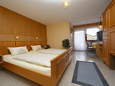 """Photo for Comfort double room - guest and Pension House """"In the Hofreite"""""""