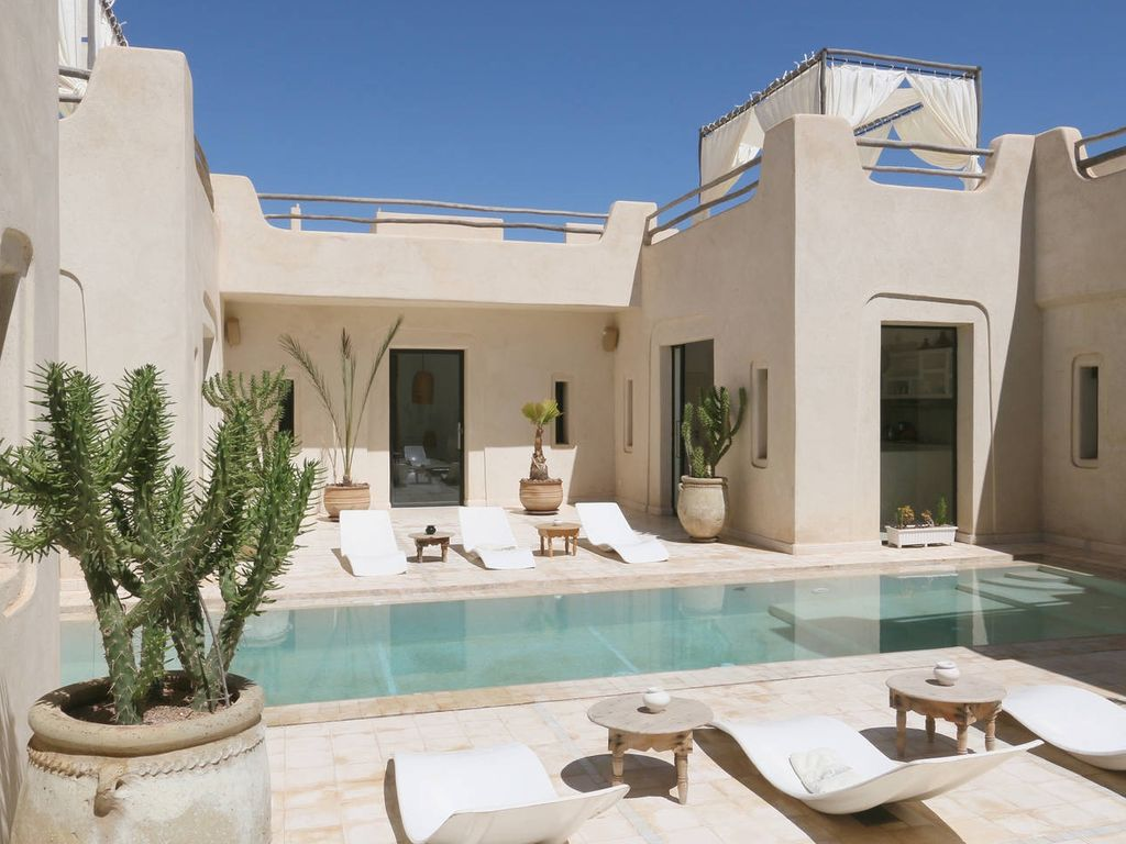 Dar camel rock villa with private pool homeaway marrakesh for Villa de luxe design