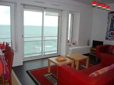 Photo for '3 clés' appartement building right in front of the sea. Exceptional marine site
