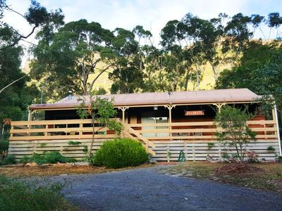Photo for 3BR Cottage Vacation Rental in Halls Gap, VIC