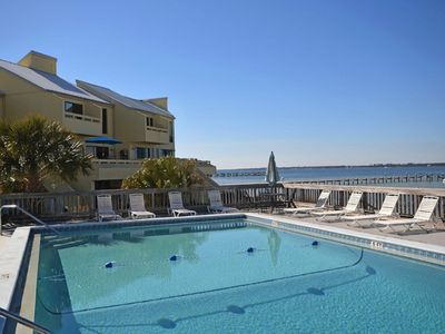 Photo for Waterview Townhome in Navarre Florida! Sleeps 8; Complex includes POOL,