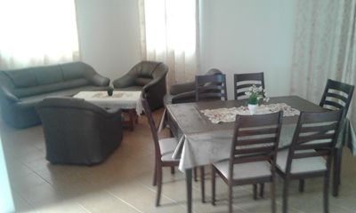Photo for Located 15mins from airport, 10mins to the beach, 3mins to supermarket carrental