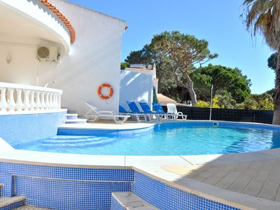Photo for Walking distance to the centre , private pool, free wi-fi, free air conditioning