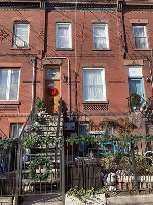 Photo for Gorgeous studio apartment near NYC Manhattan! Full kitchen, tv/internet + coffee