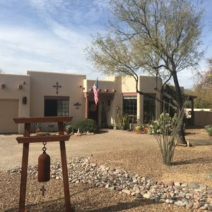 Tanque Verde home/resort nestled on a quiet cul de sac in the rural northeast
