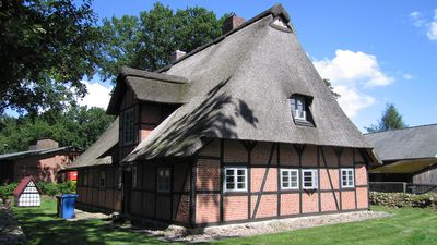 Photo for North Heath / near Hamburg: Modern living in the historic thatched cottage