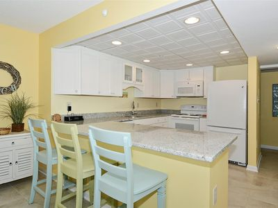 Photo for FREE DAILY ACTIVITIES! LINENS INCLUDED*! Completely renovated, freshly painted 2 bedroom 2 bath unit with upgrades