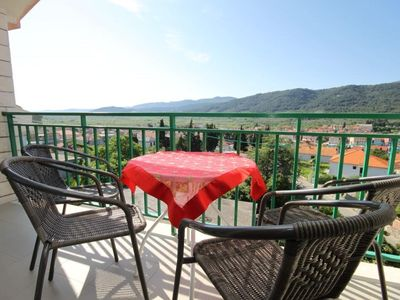 Photo for Two bedroom apartment with balcony and sea view Stari Grad (Hvar)