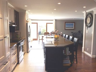 Photo for Lovely North Vancouver Home- great for family gatherings