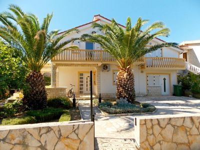 Photo for Apartments Vesna, (15286), Vir, island of Vir, Croatia