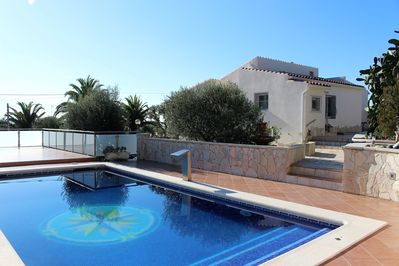 big Pool terrace with access to the  house