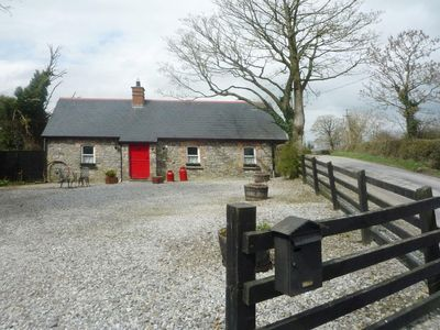 Photo for 1 bedroom property in Durrow. Pet friendly.