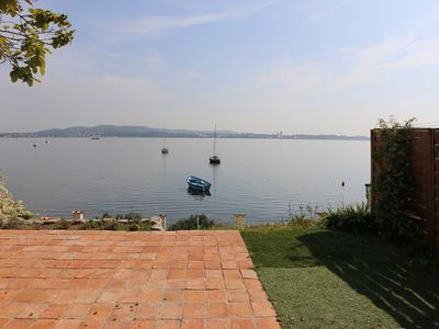 Photo for House for 6 people, quiet on the edge of the pond Thau