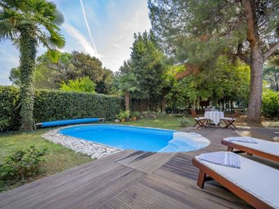 Photo for 2 bedroom Apartment, sleeps 4 in Rovinj with Pool, Air Con and WiFi