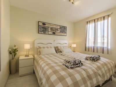 Photo for Luxury apartment 2min from beach, shops and restaurant
