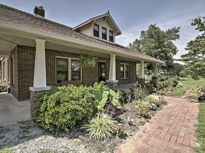 """Photo for """"The Doctors Inn"""" 3BR Cottontown Country Home!"""