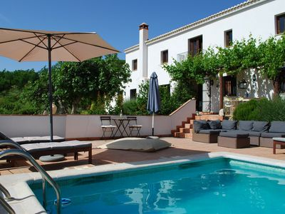 Photo for Beautiful secluded luxury cortijo with private pool & spectacular view