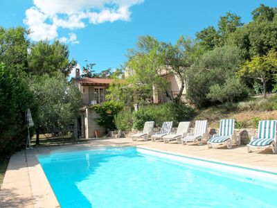 Photo for Vacation home in Rocbaron, Côte d'Azur hinterland - 7 persons, 4 bedrooms