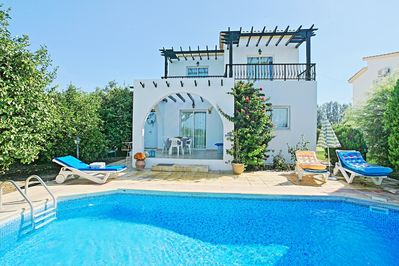 Lemon Grove Dio: Modern and comfortable villa located close to sandy beach   Private pool - Argaka