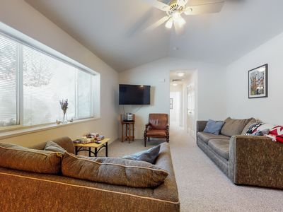 Photo for NEW LISTING! Comfy condo w/mtn views-near golf, slopes, hiking & dining