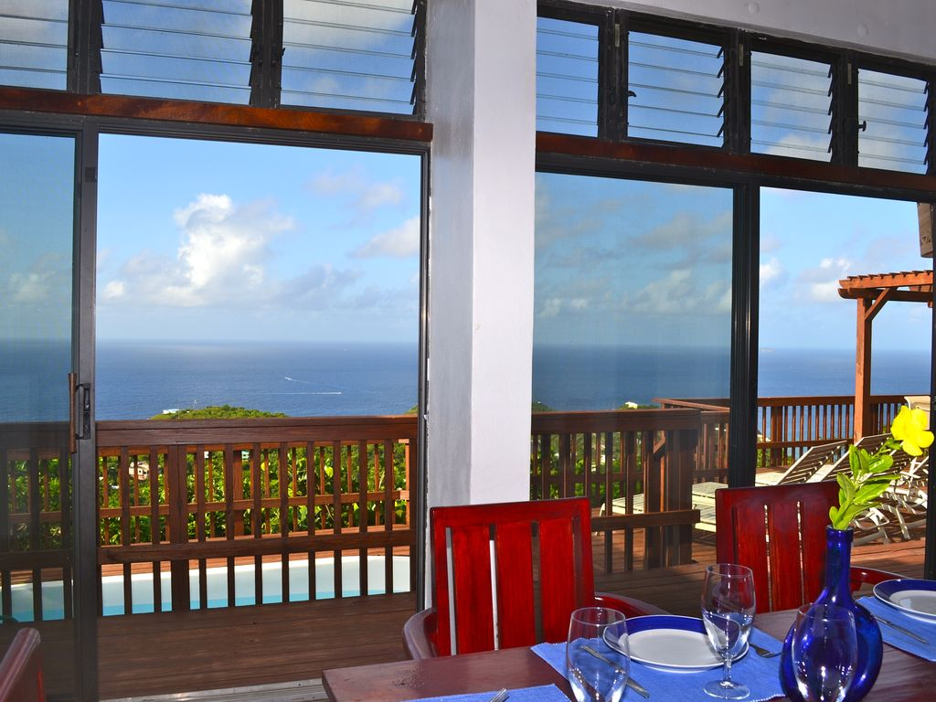 Undamaged by hurricanes with power and wifi... - VRBO