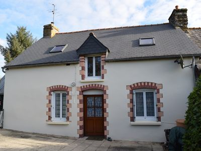 Photo for Comfortable Rural Cottage near Josselin