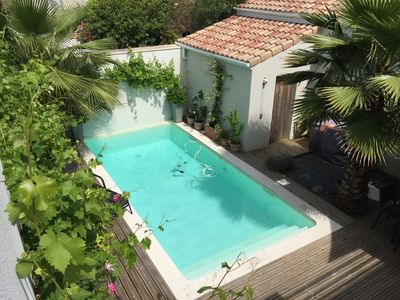 Photo for Superb house, pool, near Bordeaux center