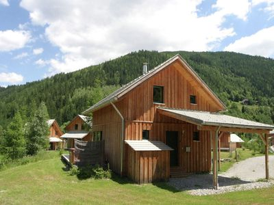 Photo for Modern luxury chalet with hot tub, sauna and unobstructed valley view