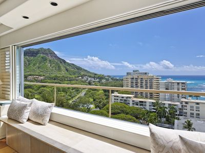 Photo for Ocean and Diamond Head views from this Beachfront Vacation Rental!