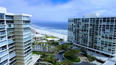 Ocean And Bay Views! Walk To Beach, 1 Bdrm/1Ba Remodelled Condo. Sleeps 4