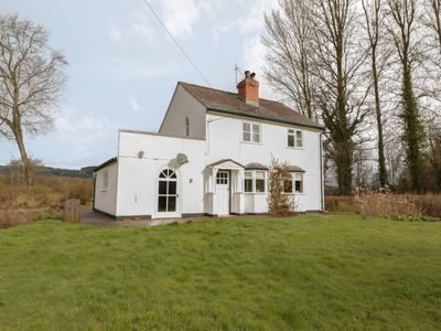 Photo for Glanbrogan Cottage, LLANFYLLIN