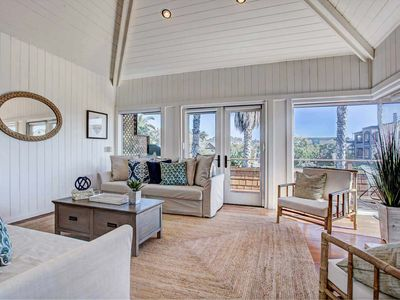 Photo for Bird of Paradise - this 2 bed, 2 bath home, walk to the beach!