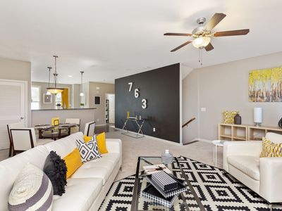 Photo for Stunning 3 bed/3.5 bath Townhome! ~1 mile to Downtown Atlanta!! Sleeps up to 10!