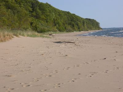 Uninterrupted beach to the south
