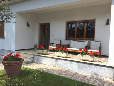Photo for Villa in Capanne-prato-cinquale with 4 bedrooms sleeps 7