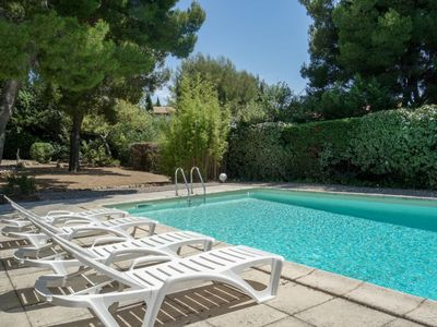 Photo for House in Saint-Cyr-sur-Mer with Internet, Pool, Parking, Terrace (114961)