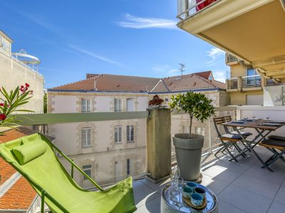 Photo for Arcachon Apartment, Sleeps 4 with Air Con and WiFi