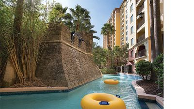 Photo for 2BR/2BA Condo less than the 1 mile from the WDW Resort (Apr 16-19)