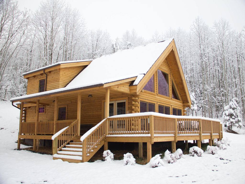 Meadow view cabin a new deluxe log home near lexington va for Cabin rentals near lexington va