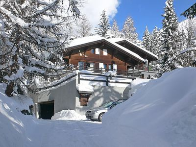 Photo for Apartment Le Loup Blanc  in Verbier, Valais - 8 persons, 4 bedrooms