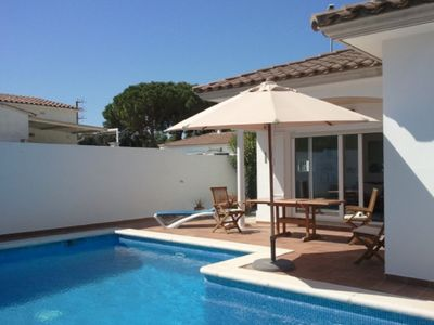 Photo for HOUSE NOT MITOYENNE WITH PRIVATE SWIMMING POOL WIFI AIR CONDITIONING CLOSE RIELLS BEACH