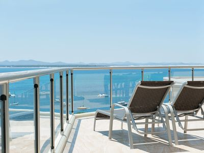 Photo for Shoal Bay Penthouse with Ocean Views and Resort Facilities